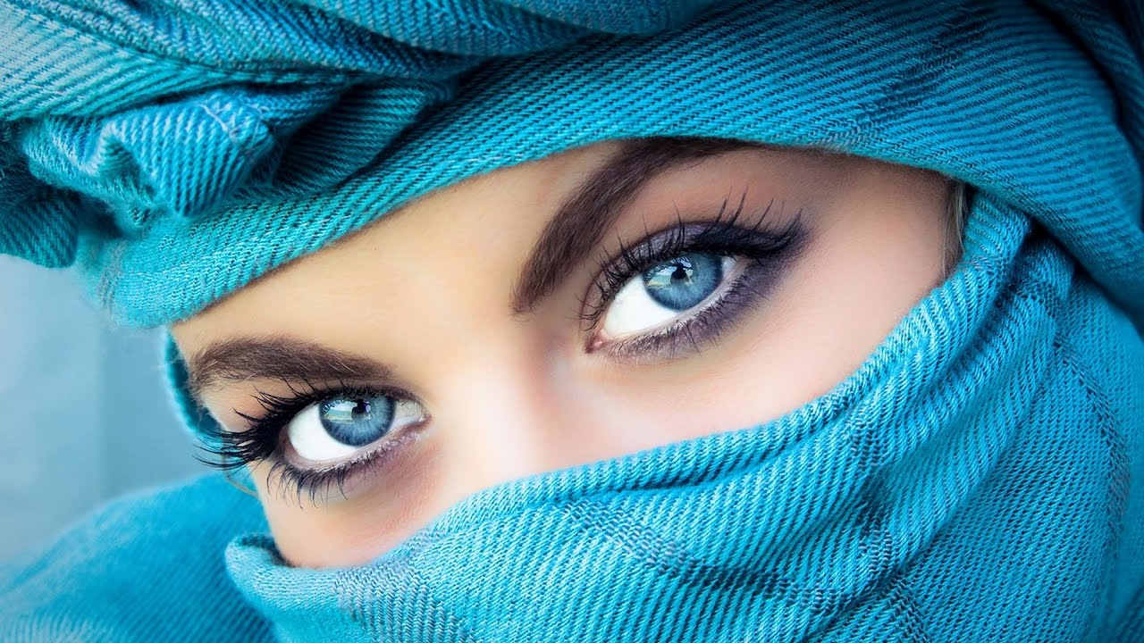 Get Clear and Bright Eyes Naturally with these 5 Simple Tips