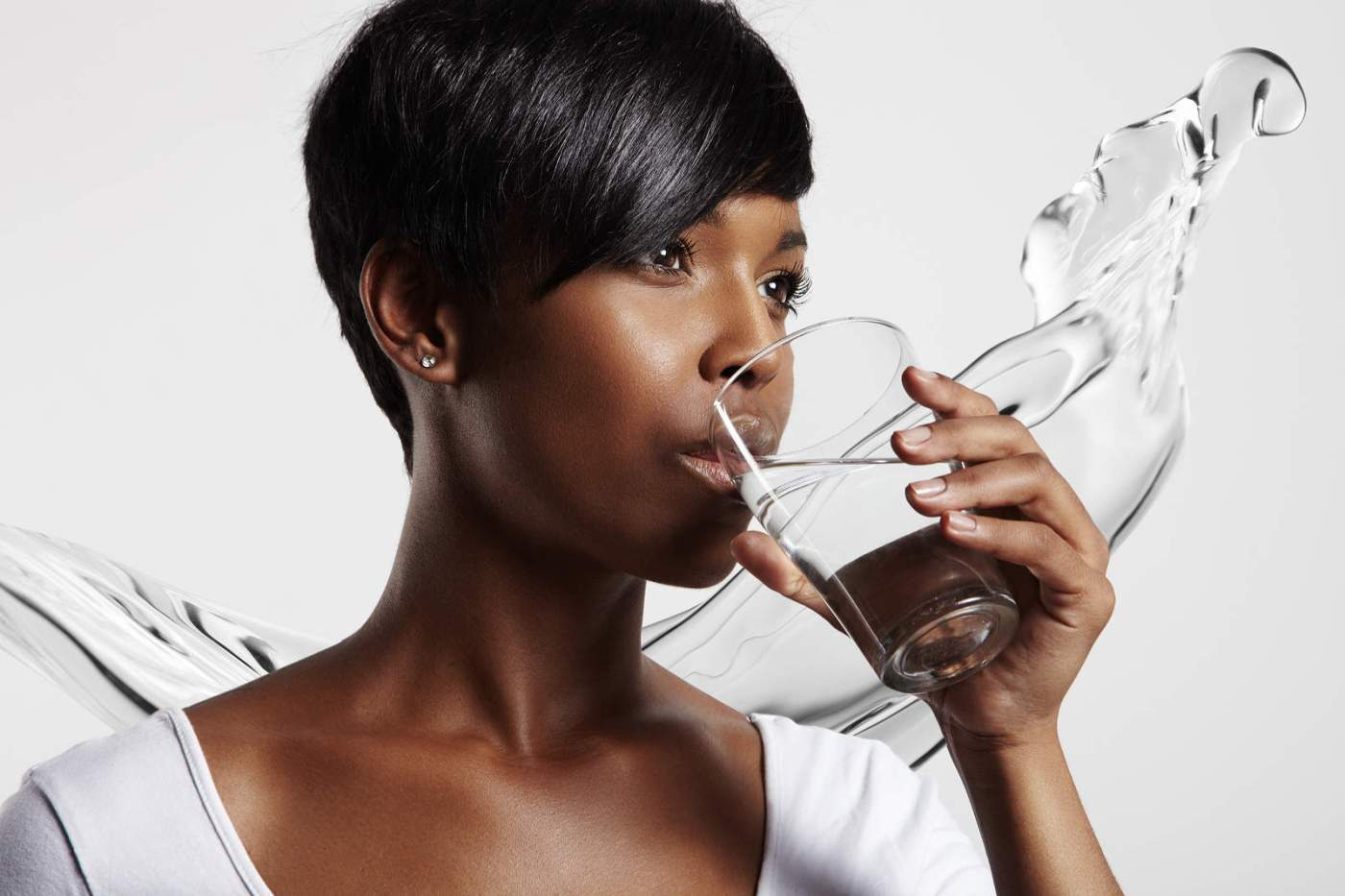 7 Solid Reasons Why You Should Drink Warm Water On An Empty Stomach